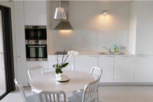 cuisine-neuve-appartement-luxe-corse.jpg